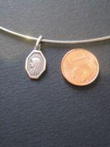 Petite médaille Sainte Vierge en argent collier