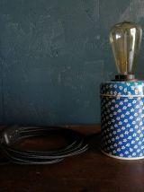 """Lampe vintage, lampe de table, lampe de bureau -  """"Fleurs bl"""