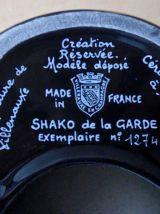 SHAKO DE LA GARDE cendrier en  porcelaine