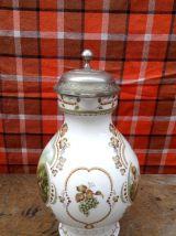 Pichet à vin en porcelaine fine de Franklin Mint
