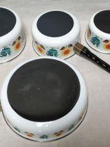 Lot de 4 casseroles émaillées décors coq et tournesol vin