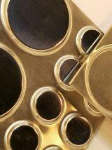 Panneaux décoratifs acier inoxydable embouti.