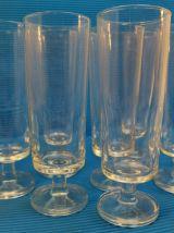 Série de 12 flutes a champagne vintage, années70/80.