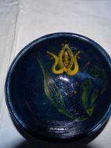 Très beau bol artisanal bleu foncé