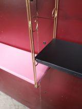 etageres  metal string doré avec volute 1960 a 70   ( tomado