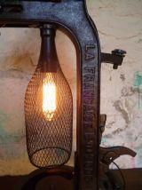 LAMPE DESIGN INDUSTRIEL - BOUCHONNEUSE -