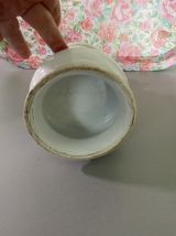 Ancien pied de lampe à pétrole en porcelaine