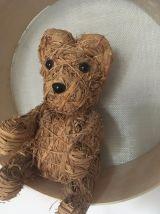 Décoration enfant ours en paille.