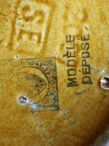 Pichet pavot en barbotine de saint Amand