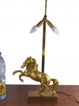 LAMPE DE TABLE CHEVAL EN BRONZE DORÉ