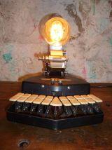 LAMPE - STENOTYPE - GRANDJEAN