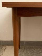 Table de salle à manger vintage danoise en chêne clair 1960