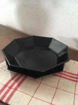 Assiettes noires octogonales arcoroc.