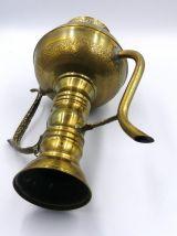 Théiére arabe en cuivre