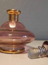 """carafe en verre rose et or estampillée """"verrerie de Monaco"""""""