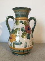 petit vase en céramique émaillée