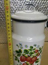 Pot à lait émaillé