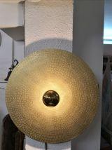 Applique murale en métal doré, modèle unique.