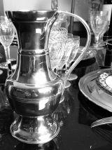 Cruche à eau/vin blanc en métal argenté