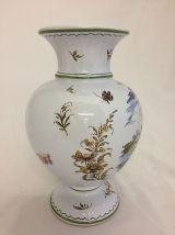vase en faïence de Moustiers