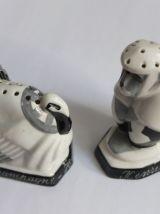 Salière en porcelaine art déco singe et dindon