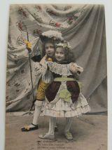 """Série 4 cartes postales anciennes """"scène à la cour royale"""""""