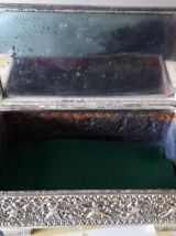 Boite métal argenté