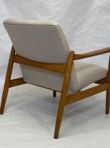 Fauteuil GFM-142 par Edmund Homa année 1960 tissu beige.