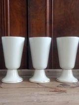 Ensemble de 5 mazagrans en porcelaine