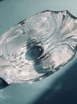 Beau vase vintage en verre épais et motif dépoli papillon