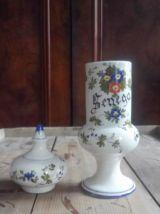Ancien pot d'apothicaire en céramique