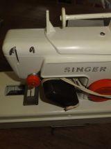 Machine à coudre SINGER ENFANT