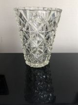 Vase taille diamant, verre épais