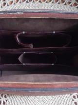 Ancien sac de médecin en cuir