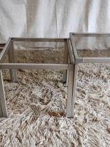 Tables basses gigognes en aluminium et verre fumé – années 7
