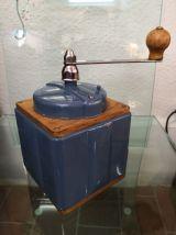 Moulin à café Peugeot bleu fuji