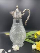 Aiguière en verre moulé et métal argenté