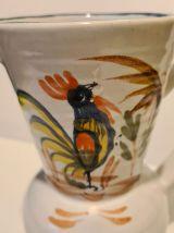 Pichet  faïence peint à  la main décor coq