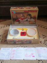 Tupperware toys Mini mix it (la petite pâtissière)  1979