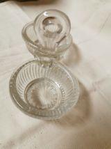 Ancienne salière et poivrière en verre