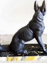 Sculpture Chien Loup - socle marbre