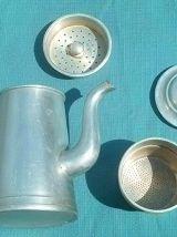 cafetière ancienne en alu , vintage
