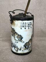 Pipe à eau chinoise en porcelaine fin 19ème.