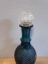 carafe bleu vert avec bouchon transparent