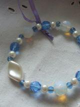 Bracelet perles de verre, toupies cristal