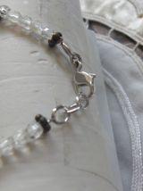 Collier , languettes bois et perles de verre