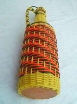 bouteille  scoubidou  ancienne , vintage