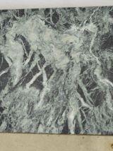 Table basse en marbre vert et laiton massif années 40 / 50