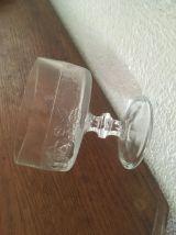 4 coupes à glace vintage et dépareillées.