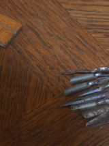 Ancien plumier d'ecolier avec  crayons ecole- art popula